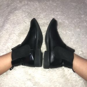 Black booties - black ankle boots